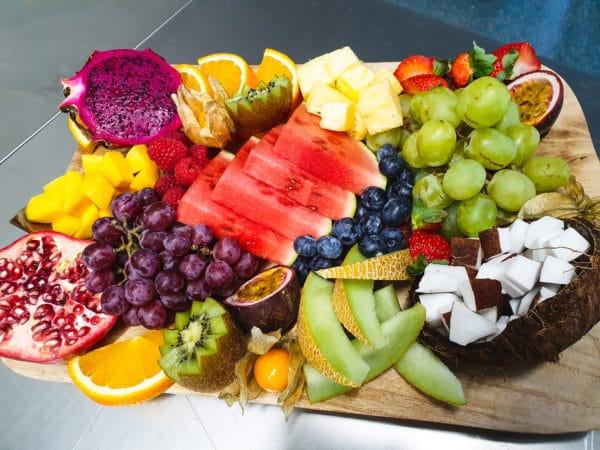 Cateringservice Bolsterbos vers fruit dessertplank_3