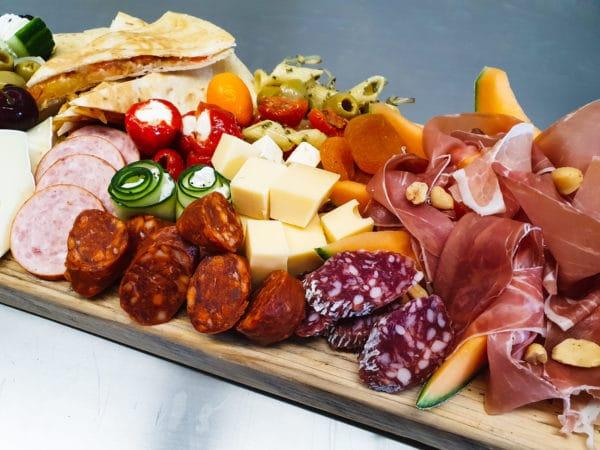 Cateringservice Bolsterbos tapasplank aperitief_123